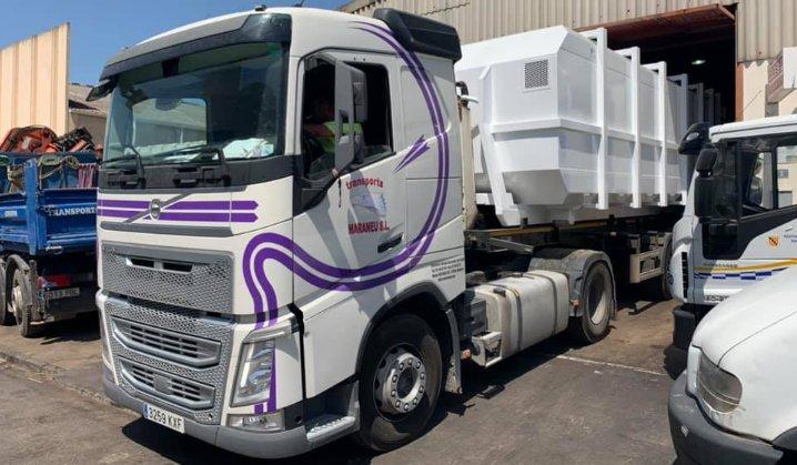 Camión con contenedor RSU de 40m³ para Tirme Mallorca