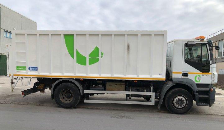 Alargamiento de carrocería tipo volquete sobre vehículo pesado